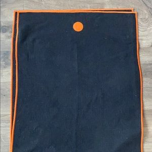 Manduka black yogi toes skidless yoga towel